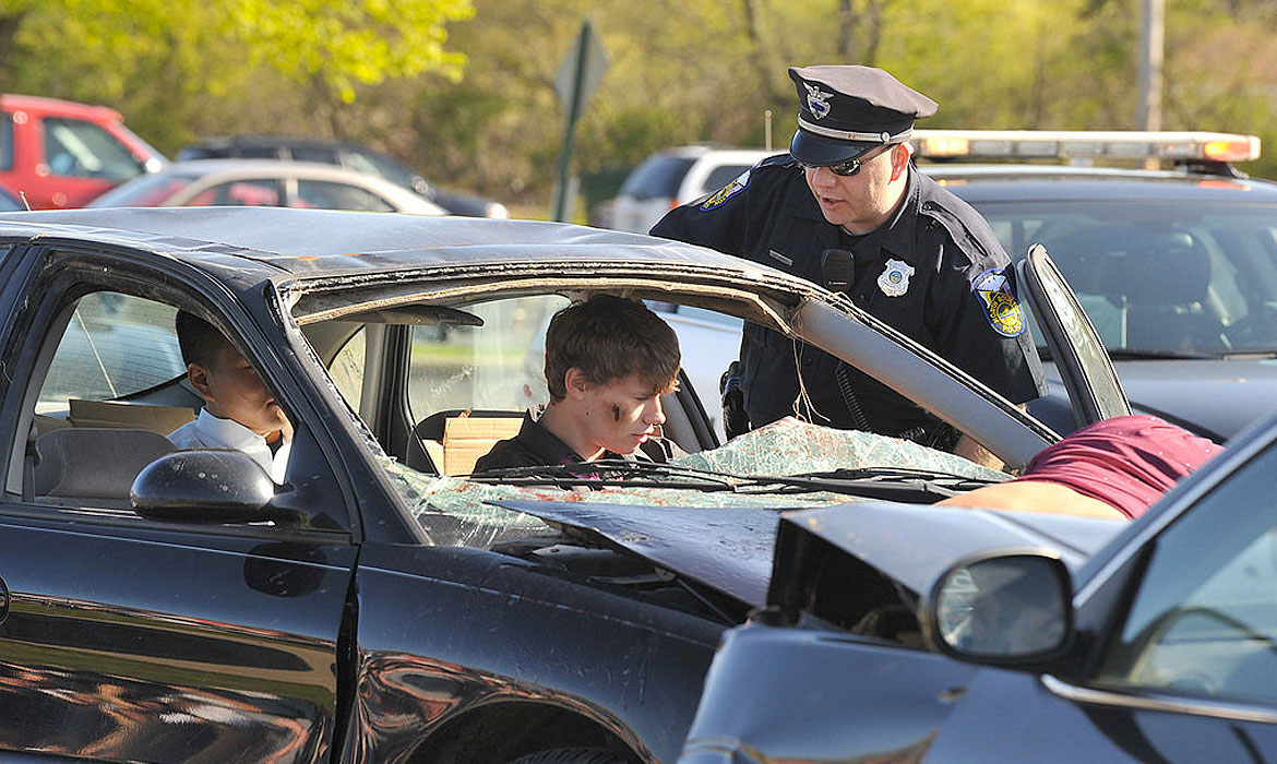 the issue of drunk driving in the prom season With the high school prom season  greater fall river police, authorities step up education and  of risky behaviors such as driving drunk and.